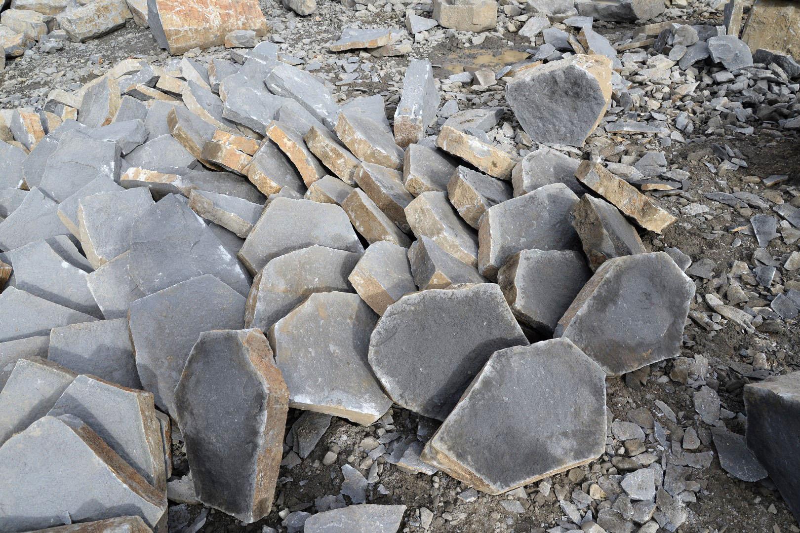 Basalt quarry 8287