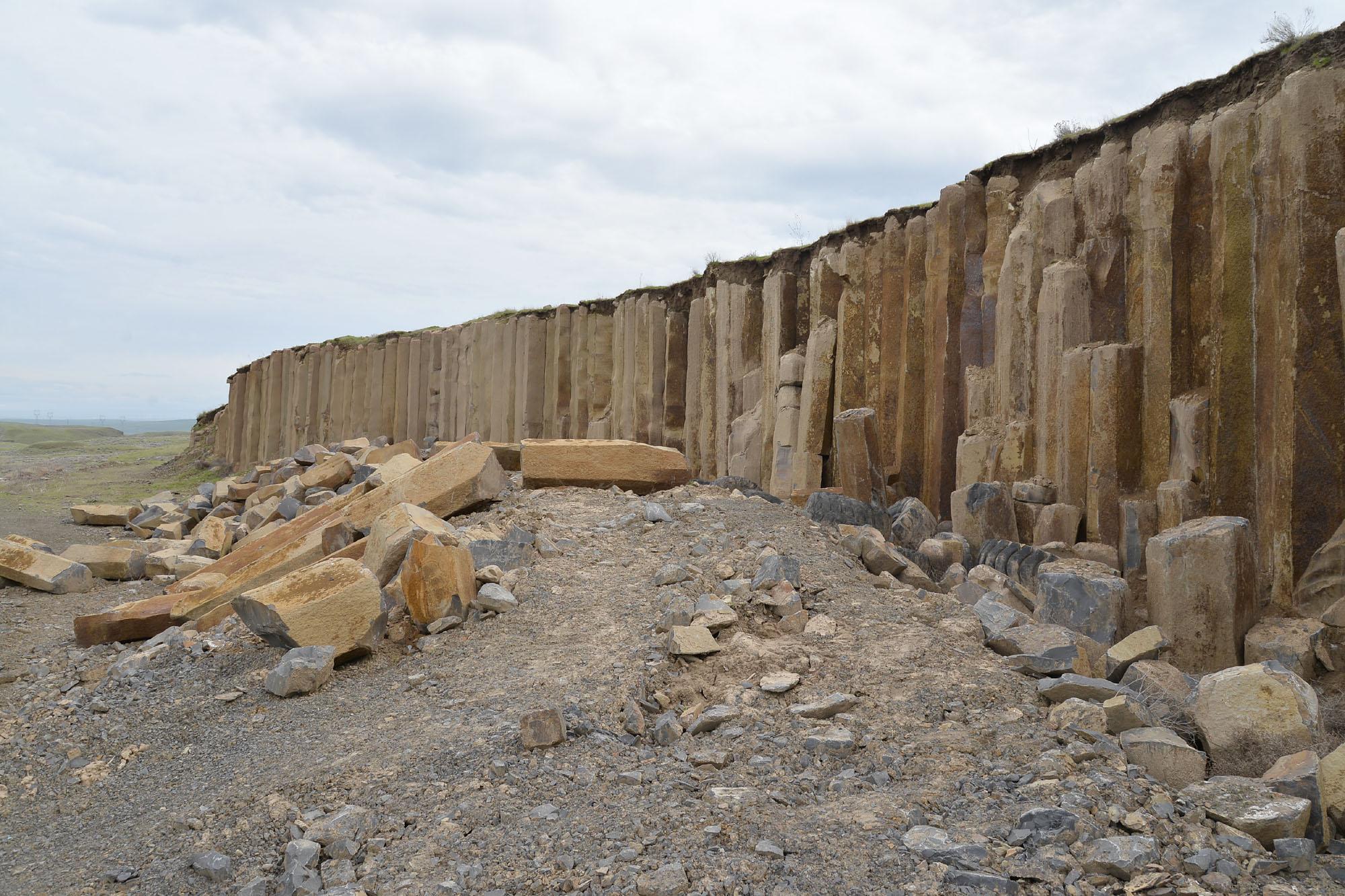 Basalt quarry 8388