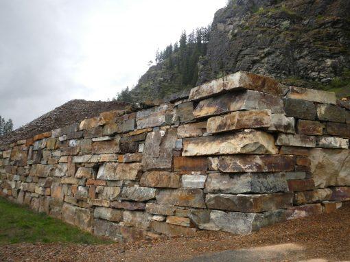 Cabinet Gorge Boulders