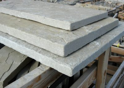 Tumbled Frontier sawn pavers 5184
