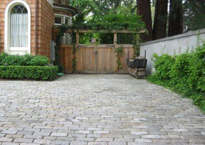 Reclaimed cobblestones 0970