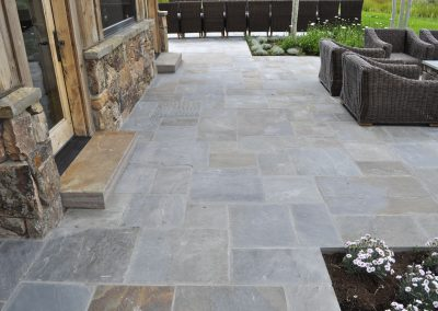 Bluestone natural cleft pavers 2782