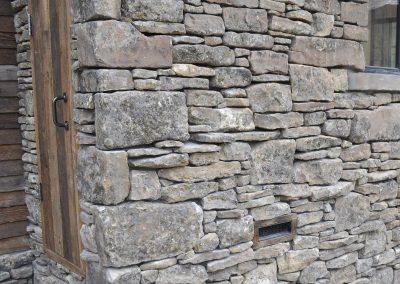 Flatwillow Moss Rock 12406