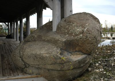 Pipestone Granite boulder 4586