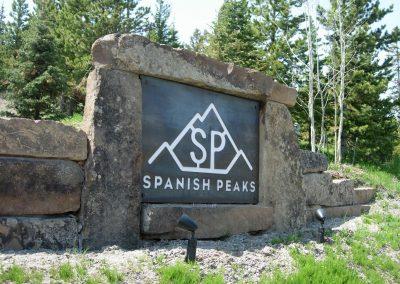 Prairie Fieldstone boulders 4974