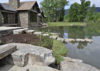 Deep Creek boulders 4347