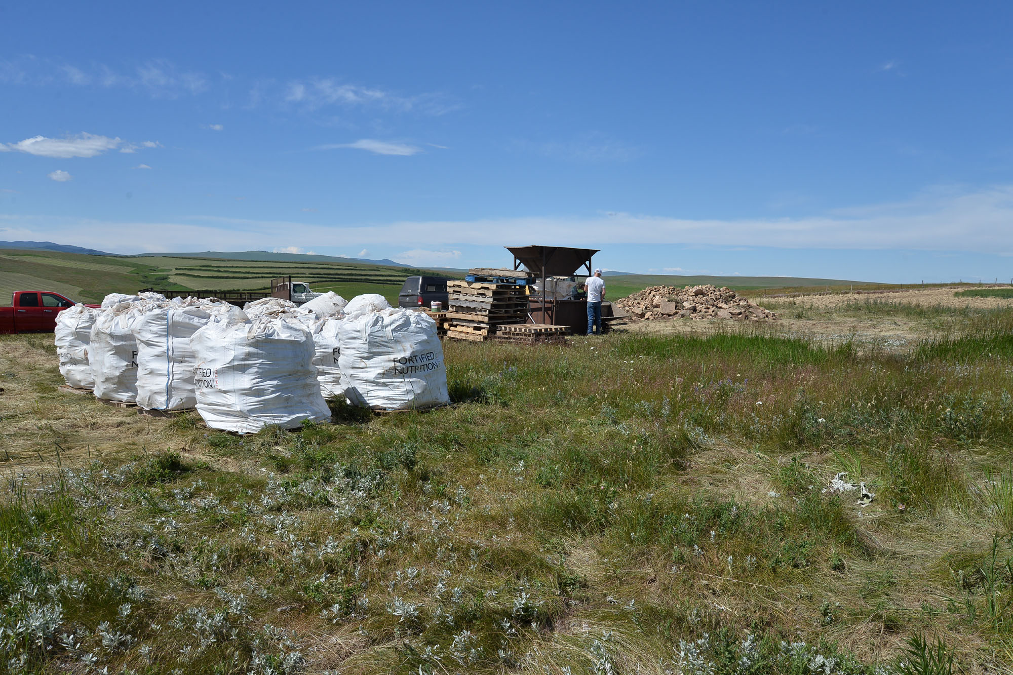 From the fields, the raw stone is brought to our processing area in bags.