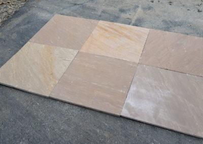 Saddlehorn sawn pavers 6241